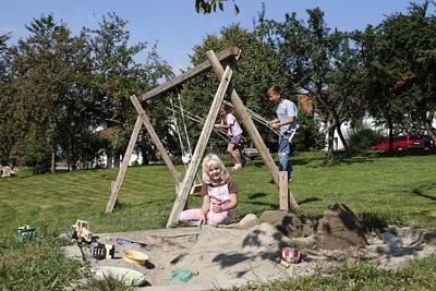 Kinder und familienfreundlicher erlebnisbauernhof in bayern