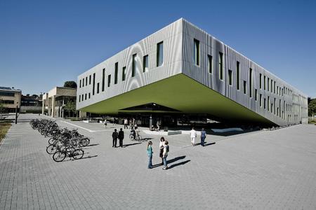 Hochschule Osnabrück bietet kostenlose Führungen über den Campus Westerberg an