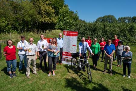 Veröffentlichung der 6 Nebenroutenflyer der Apfelroute in Alfter