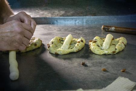 Herstellung Butter Christstollen Peters Pralinen Lippstadt