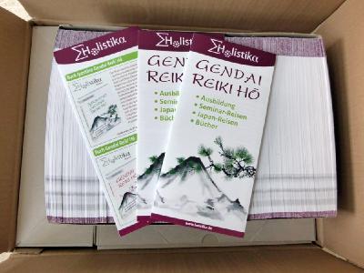 Die neuen Flyer für Ausbildungen in der Gendai Reiki Hō sind angekommen.