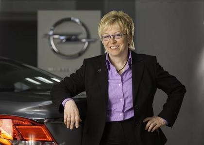 Opel-Entwicklungschefin Rita Forst bringt die Erfahrungen von Opel in die Nationale Plattform Elektromobilität mit ein. Sie erwartet jetzt zusätzliche Dynamik für das Thema in Deutschland