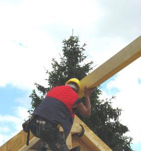 Die Preise für Bauholz und EPS-Dämmstoffe sind durch eine Verkettung unvorhersehbarer Ereignisse auf dem Höhenflug, Foto: HF.Redaktion (honorafrei)