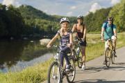 Flussradwege versprechen Radlvergnügen für die ganze Familie
