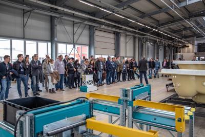Besichtigung der hochmodernen Whirlcare-Produktionsstätte
