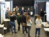 Bau-Studierende im Kolloquium und in der Ausstellungsvorbereitung / Foto (TH Lübeck)