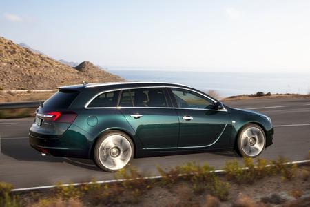 Elegante Alltagstauglichkeit: Der Opel Insignia Sports Tourer verbindet attraktives Styling innen wie außen mit moderner Infotainment-Technologie und einem großen Laderaum