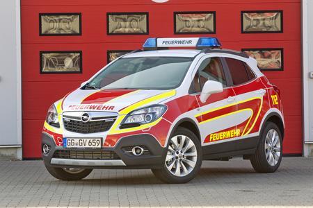 Mokka wird zum Lebensretter: Der erfolgreiche Opel-SUV feierte kürzlich sein Debüt als wendiger Vorausrüstwagen für technische Unfallhilfe © GM Company