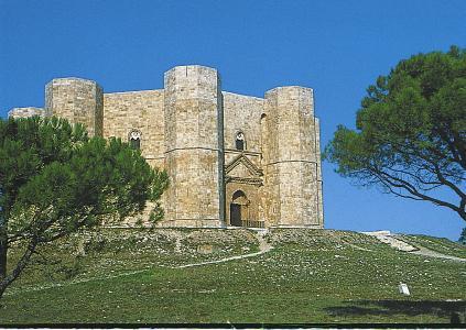 Castel del Monte: spektakuläres Kastell des Stauferkaisers Friedrich II