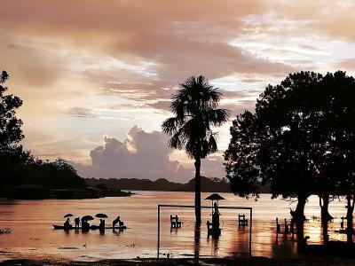 Sonnenuntergang am Amazonas - Singlereise