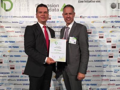 IT-Leiter Holger Eichhorn und technischer Projektleiter Lars Berger bei der Preisverleihung in Berlin