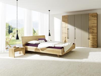 wohnen zur probe mit modernen massivholzm beln von anrei auf der afa augsburg anrei. Black Bedroom Furniture Sets. Home Design Ideas