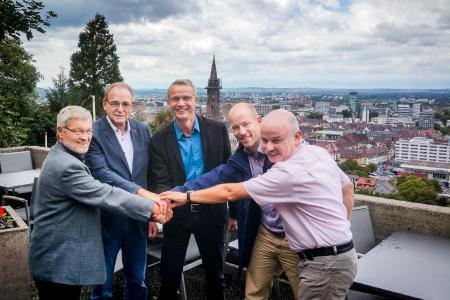 (v.l.n.r.): Werner Hillmann (SV), Georg Keller (SV), Christopher Krull (STG), Mirko Bastian (SV), Peter Wehrle (SV)  (© Schwarzwaldverein)
