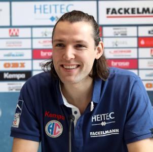 Johannes Sellin freut sich auf mindestens zwei weitere Jahre beim HC Erlangen / Foto: HC Erlangen