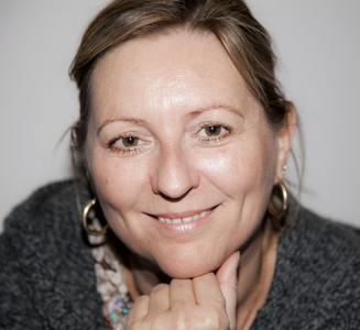 """Petra Neumayer, Schwingungsexpertin und Autorin des neuen Bestsellers """"Heilen mit Zahlen"""" (Foto: Claudia Scholten)"""