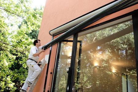 energiesparen mit warmglas und rolll den w stenrot w rttembergische ag pressemitteilung. Black Bedroom Furniture Sets. Home Design Ideas