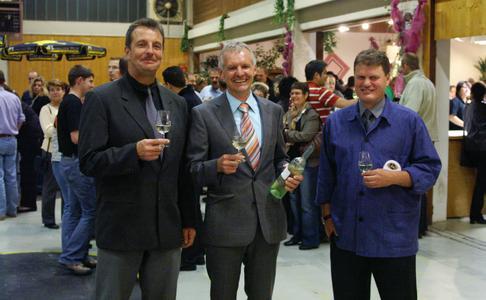 Freute sich über das große Interesse, die Leitung der Winzergenossenschaft Auggen:  Vorstandsvorsitzender Günter Rüdlin, Geschäftsführer Thomas Basler und Kellermeister Andreas Phillip (von links)