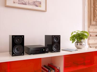 pioneer x hm82 und x hm72 setzen neuen standard f r hifi. Black Bedroom Furniture Sets. Home Design Ideas