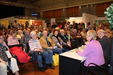 Diskussionsrunde im Patienten-Forum auf der diabetestour