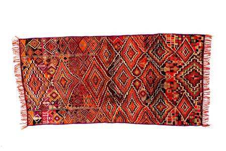 Die Farben des Lichts - Marokkanische Teppiche und die Kunst der Moderne (Foto: Galerie RUMI München, Nr. 108)