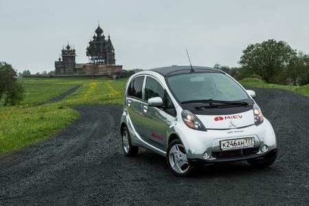 Mitsubishi Electric Vehicle in russischem Naturschutzgebiet im Einsatz