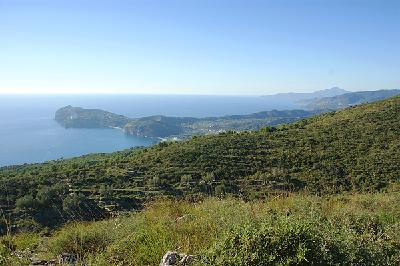 Blick vom Monte S. Antonio auf das Kap von Palinuro.