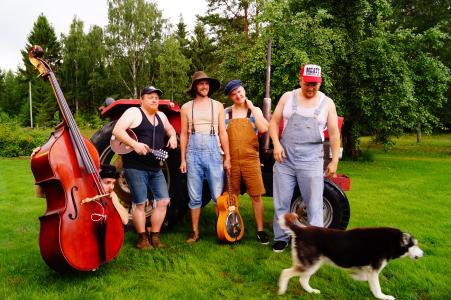 Steve`n`Seagulls bringen amerikanisches Country-Flair in die finnische Landschaft (c Ulrike Neubecker)