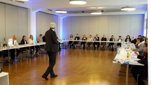"""Treffpunkt für die Gastfreundschaft: Erfolgreicher zweiter """"Round Table Tourismus"""" für Karlsruhe und die Region"""