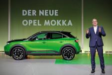 World Premiere: CEO Lohscheller Presents New Opel Mokka