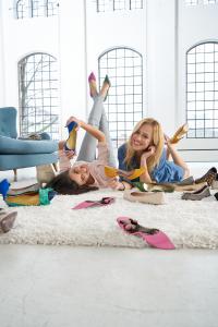 Mehr Freiheit für Anwenderinnen orthopädischer Einlagen: Jetzt auch für High Heels und Ballerinen erhältlich