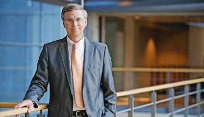 Wolfgang Bosbach kommentiert im AvD-Haus das aktuelle Politik-Geschehen