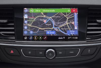 Bestens vernetzt: Opel Insignia mit neuer Infotainment-Generation