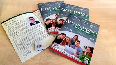 Die neue Ausbildungsbroschüre des Vogelsbergkreises bietet Informationen für Berufseinsteiger und ist ab sofort an Schulen und online verfügbar / Foto: Christian Lips/Vogelsbergkreis