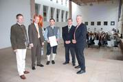 PM FHR Diplom-Zeugnis-Verleihung.jpg