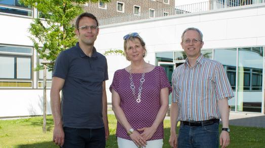Freuen sich auf eine spannende Zeit im Binnenforschungsschwerpunkt PACE (v.l.): Prof. Johannes Nehls, Prof. Dr. Sabine Kirchhoff, Prof. Dr. Clemens Westerkamp