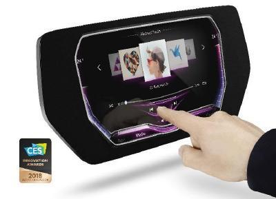 """Weltweit erstes Touch-Display mit dreidimensionaler Oberfläche mit der höchsten Auszeichnung """"Best of Innovation"""" prämiert"""