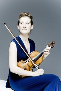 Porträt Maria Milstein (Foto: Marco Borggreve)