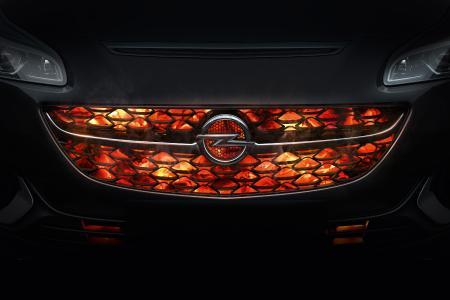 Heiße Angebote für echt heiße Autos: Opel startet in die neue Saison und lädt am 28. Januar wieder zum Angrillen ein
