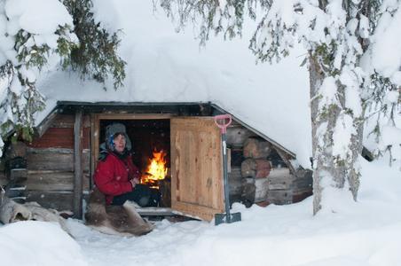 Finlland Lappland Hundeschlitten Wildnishütte