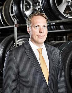 Alexander Bahlmann, Leiter Kommunikation / Öffentlichkeitsarbeit Pkw-Reifen