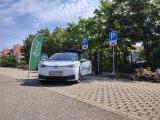 Eröffnung des neuen deer e-Carsharing-Standorts in Jettingen.