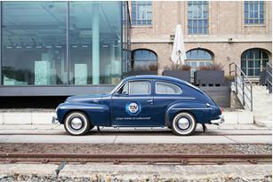 Wer weiß, wie der Volvo PV 544 im Volksmund auch genannt wird, kann eines von 15 Oldtimer-Pflege-Sets gewinnen