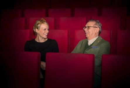 Deutsche Weinkönigin Katharina Staab und Berlinale-Direktor Dieter Kosslick. Bild: Ghandtschi