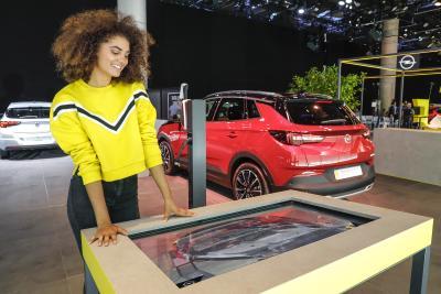 2019 Opel IAA Augmented Reality