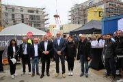 Das Projektteam beim Richtfest am 24.09.2021 auf der Baustelle WOLFSGARTEN. In der Mitte von rechts Meno Requardt und Christian Burrichter.