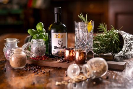 BOAR Gin aus dem Schwarzwald - höchstprämierter Gin der Welt