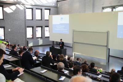 Vizepräsident Prof. Dr. Ralf Vandenhouten eröffnete die 7. Wildauer Wissenschaftswoche / Fotograf / Quelle: TH Wildau / Bernd Schlütter