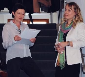 V.l.: Laudatorin Doris Weilandt mit Susen Reuter   Foto © Susen Reuter