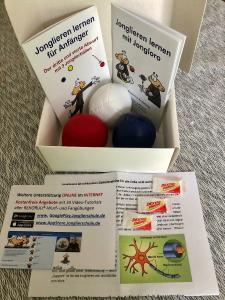 Power-Box Jonglieren - 3 Jonglierbälle M (Ballfarben: weiß/rot/blau) inkl. Jonglier-Anleitung + Gutscheincode für den Online-Jonglierkurs (34 Video-Tutorials)