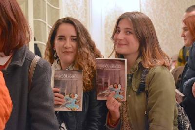 Bibelübersetzung in modernem Georgisch / © Foto: United Bible Societies
